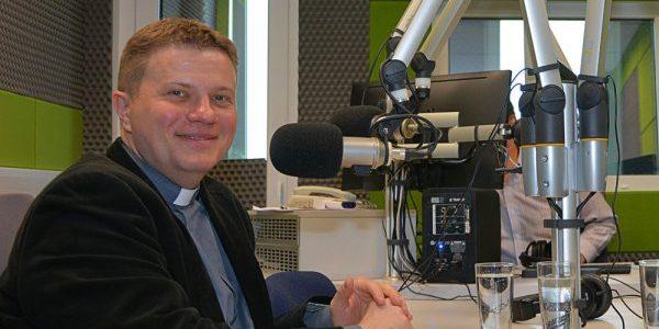 Radio Wilno. Wywiad z księdzem Mariuszem Marszałkiem