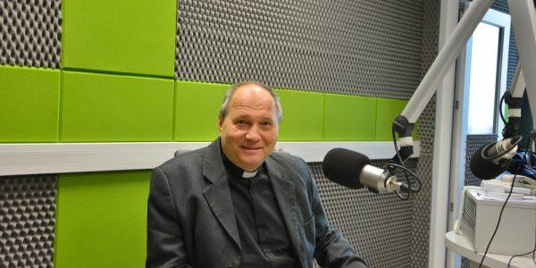 Wywiad z księdzem Szymonem Wikłą