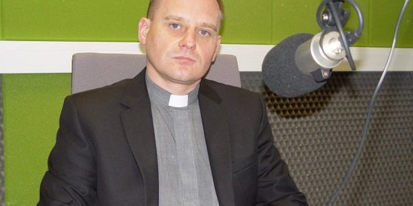 Wywiad z księdzem Rusłanem Wilkielem