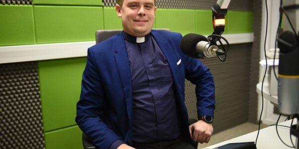 Wywiad z księdzem Ronaldem Kuźmickim