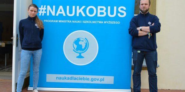Anna Szczepańska i Radosław Miernik dla Radia Wilno o wizycie Naukobusa na Litwie