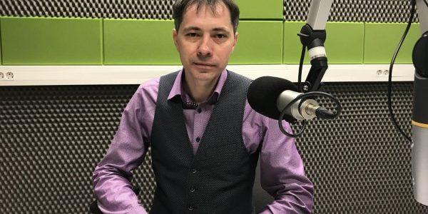 Artur Waluczko dla Radia Wilno o szkole w Kolonii Wileńskiej