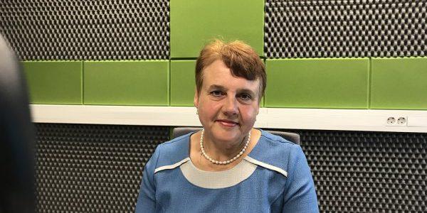 Lilia Sadajska dla Radia Wilno o Zjezdzie Absolwentów szkoły w Korwiu