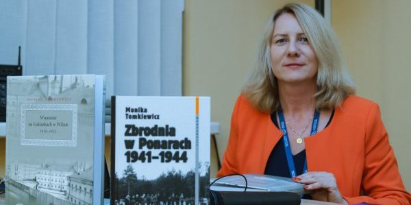 """Dr Monika Tomkiewicz dla Radia Wilno o monografii """"Więzienie na Łukiszkach 1939-1953"""""""